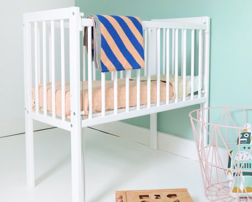 co sleeper wit petite amelie 500x400 - Co-sleeping