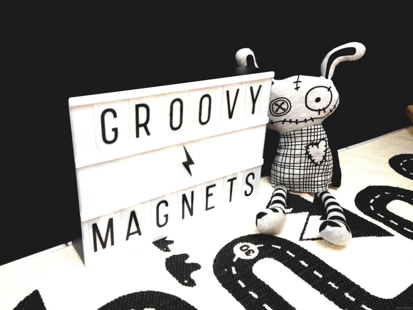 groovymagnets1 - Groovy Magnets | webshoptip (+WIN)