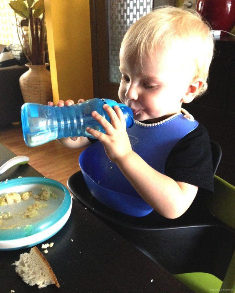 etenvince3 822x1024 - Babyuitzet: welke spullen zijn noodzakelijk en welke overbodig?