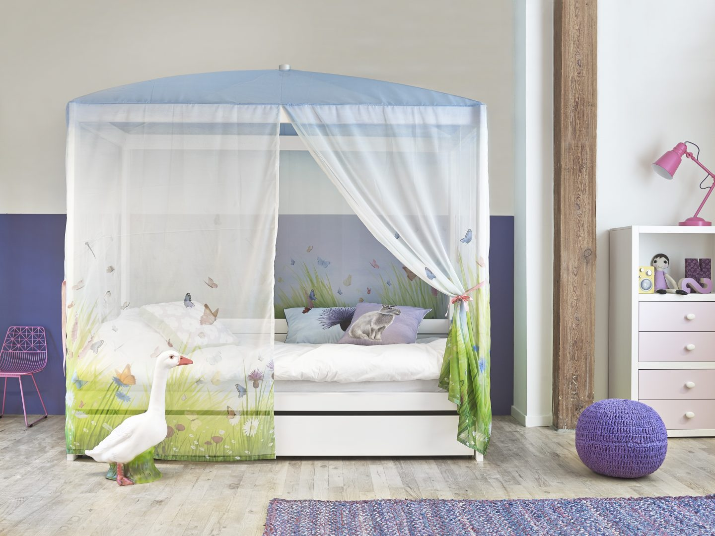 Butterfly Love 4Posterbed - GET INSPIRED De kinderkamer