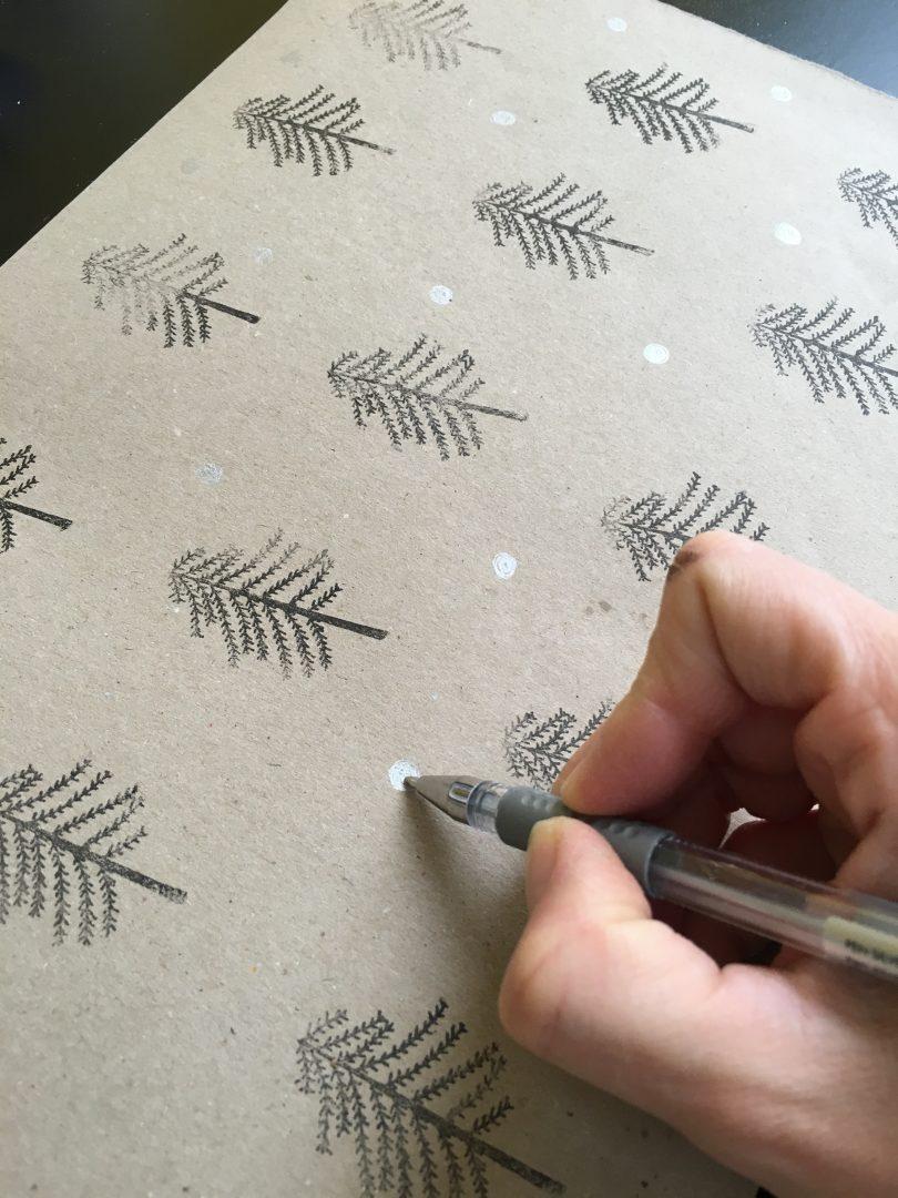 IMG 2679 - DIY | Zelf kerstkaarten en inpakpapier maken
