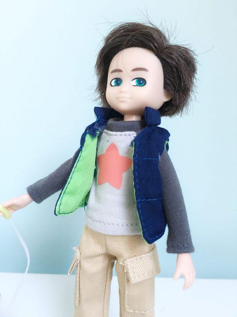 FullSizeRender 1003 1 768x1024 - Lottie Doll Finn - poppen enkel voor meisjes? Nee hoor!