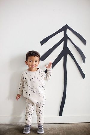KidandKind Romper Forest Cloud lifestyle - Bon tot  + win a tiny cottons cross pants