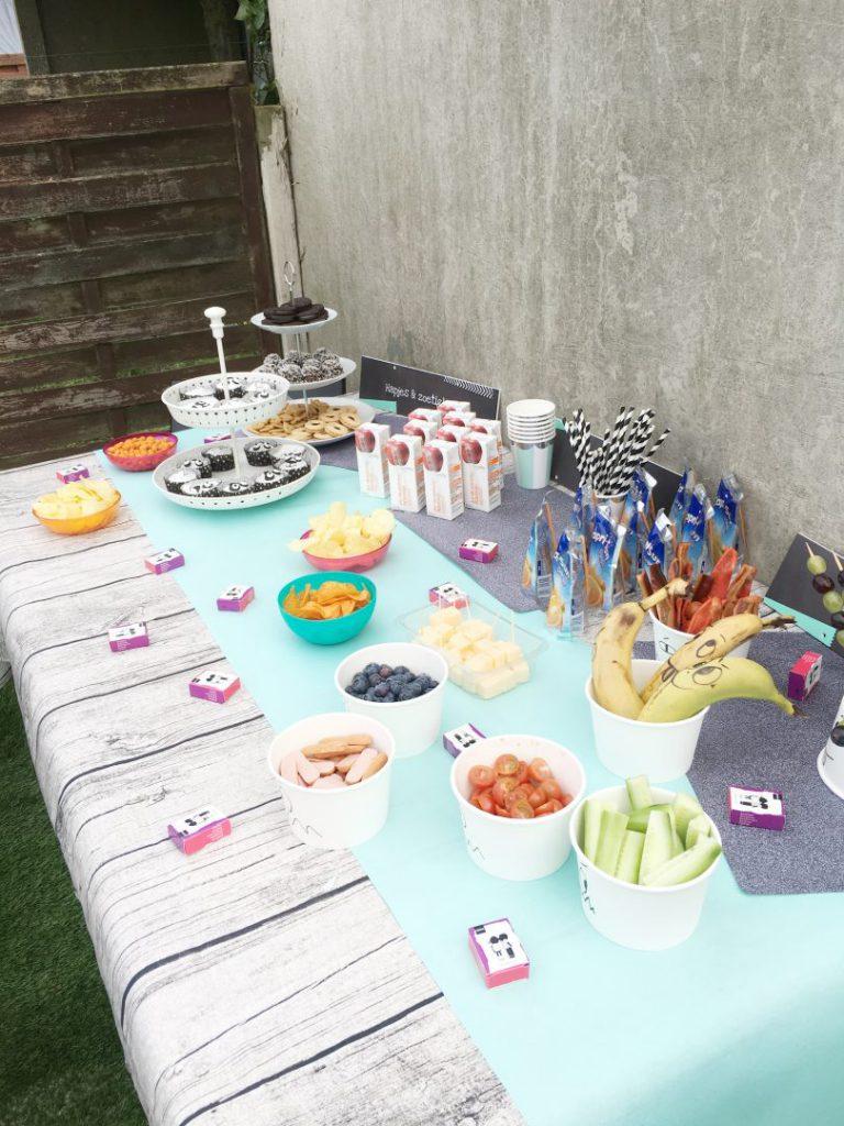 FullSizeRender 1150 768x1024 - Birthday cake & snacks
