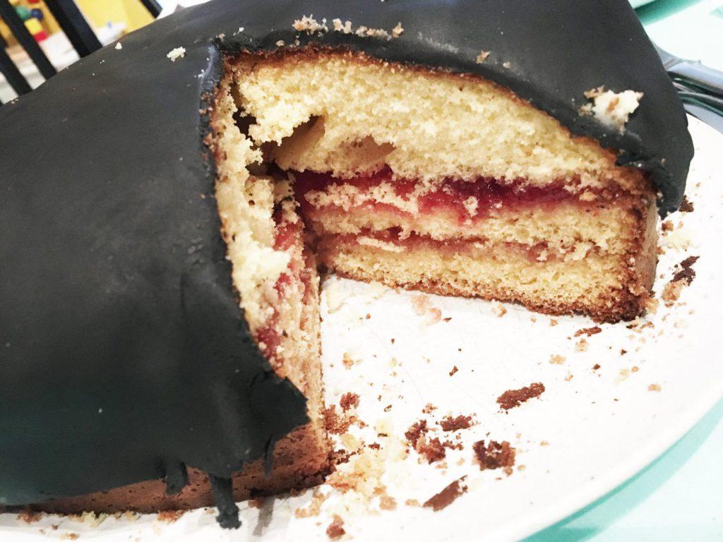 FullSizeRender 1191 1024x768 - Birthday cake & snacks