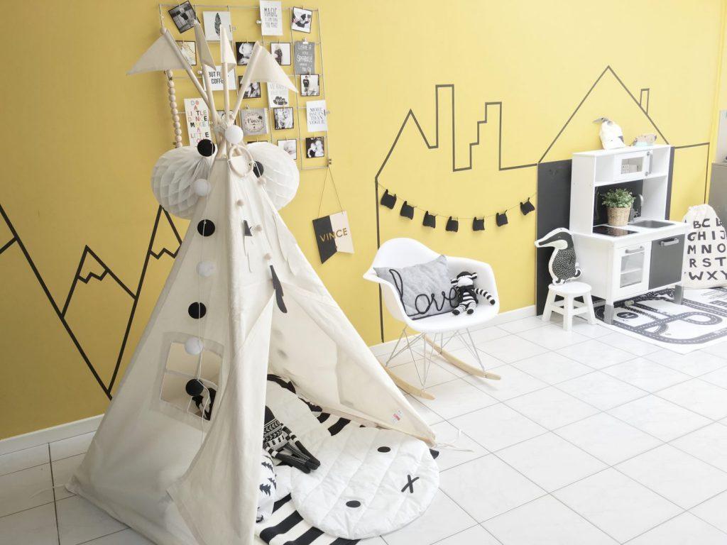 FullSizeRender 1369 1024x768 - Diary 44: creatief aan de slag in de speelhoek - the play corner