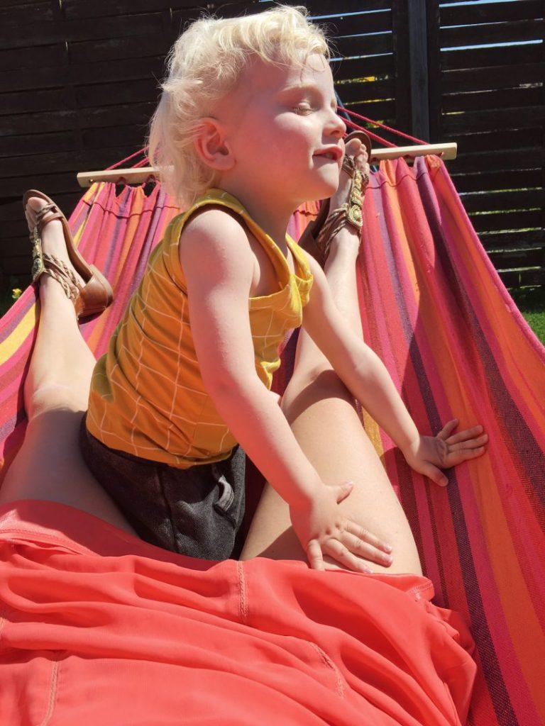FullSizeRender 1522 768x1024 - Diary 46 | Zonnige dagen en plezier in de tuin!