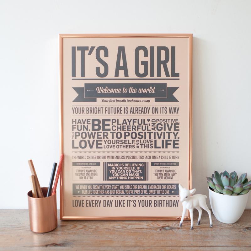 it s a girl - Anna et Maman|Mom's One Line a Day giveaway