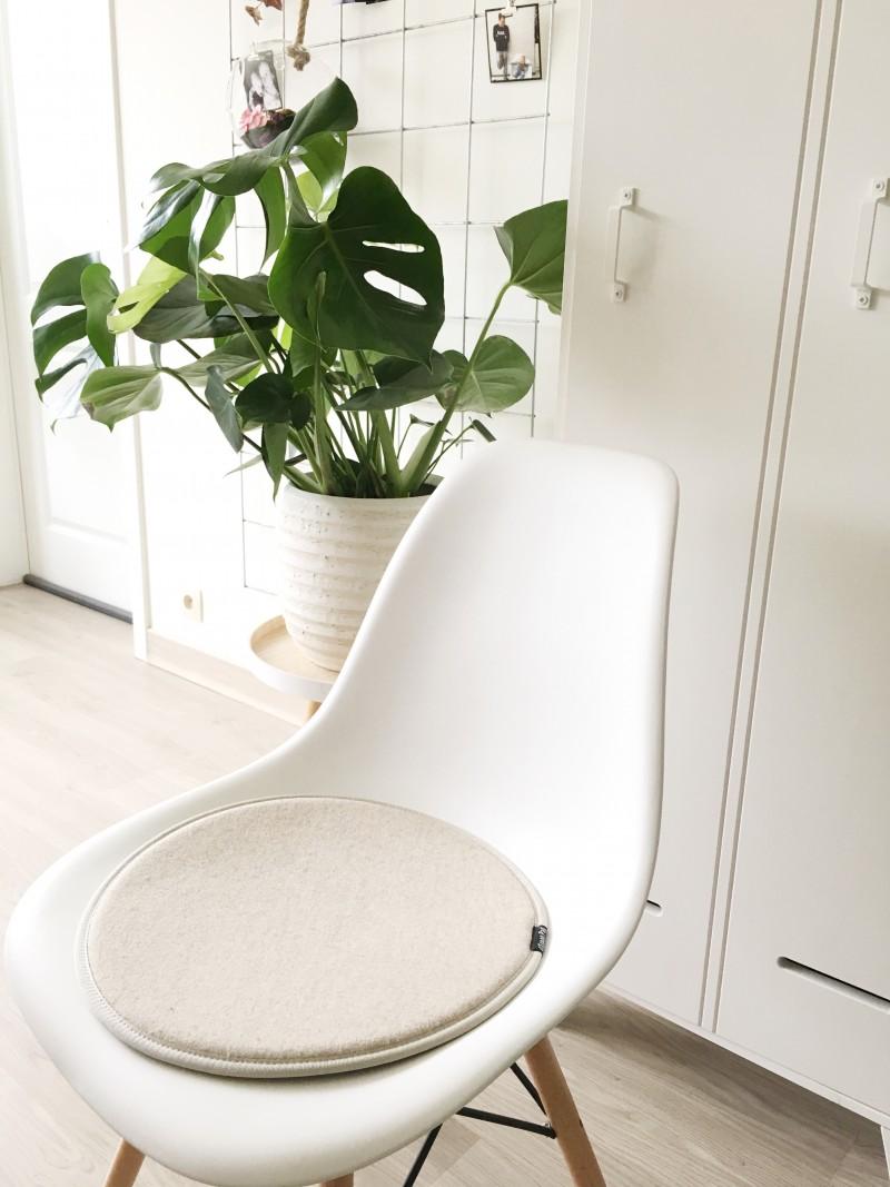 FullSizeRender 216 - Interieur | Mijn stoel met gaatjes van Designer Chairs