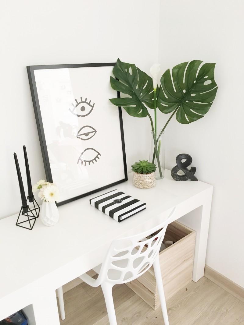 FullSizeRender 227 - Interieur | Mijn stoel met gaatjes van Designer Chairs