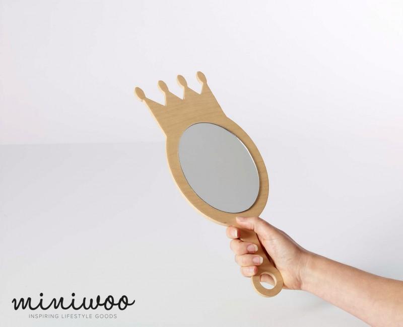 Miniwoo MIMO 112 1002 Mirror Queen 2 Low Res - Miniwoo, leuke houten kindermeubels