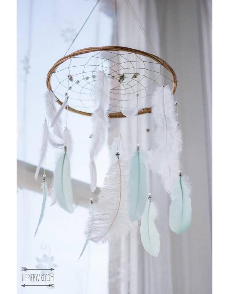 hippie by viki dreamcatcher in wit en mint - 10  tips om milieubewust op te voeden