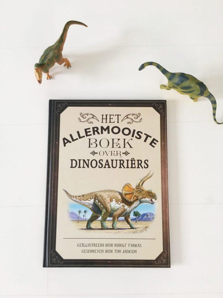 FullSizeRender 933 768x1024 - Plezier met dino's  & win het allermooiste boek over dinosauriërs