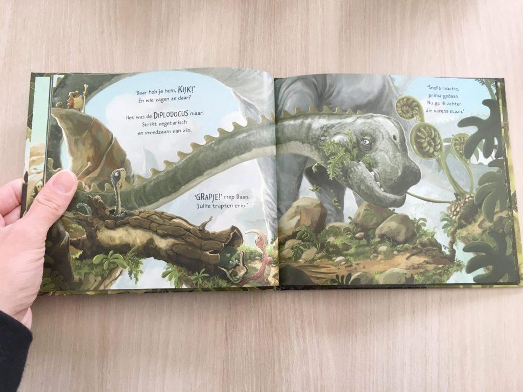 FullSizeRender 943 1024x768 - Plezier met dino's  & win het allermooiste boek over dinosauriërs
