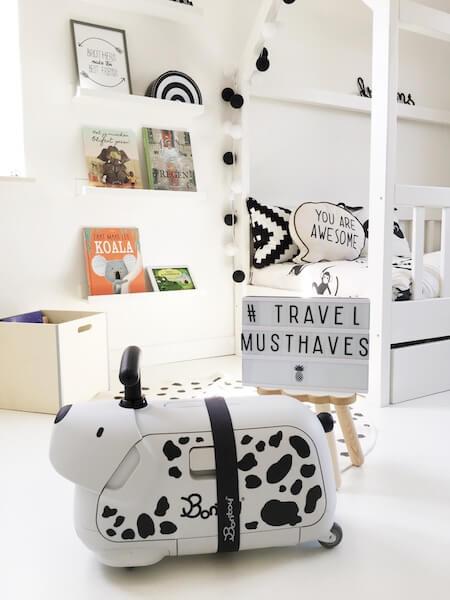 travel essentials bontoy - unicorns & fairytales