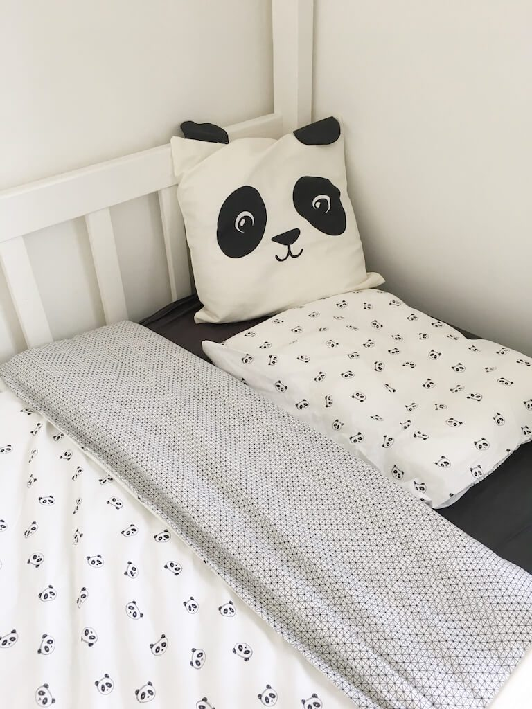 plum plum 3 1 768x1024 - Panda's in de kinderkamer + WIN