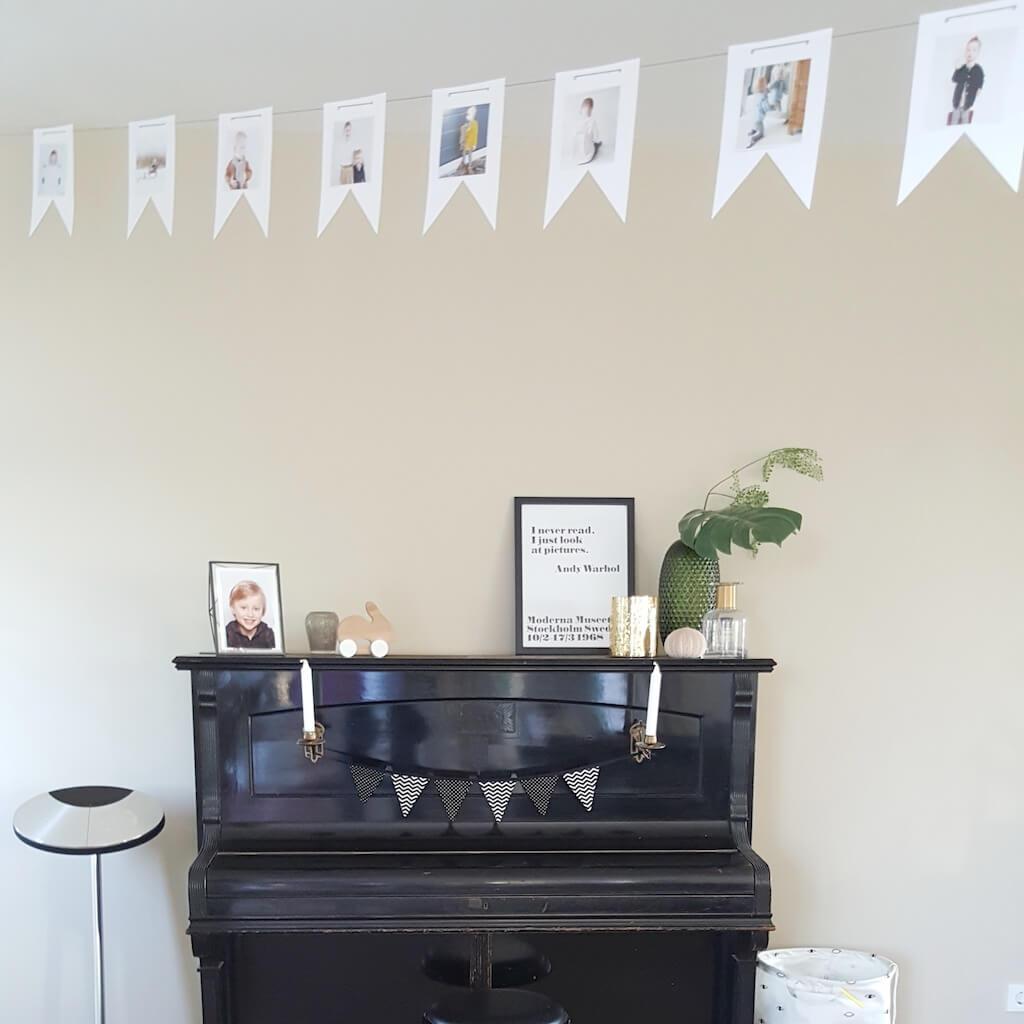 slinger in huis 1 - Birthday party van Beau, mét konijnenkroon