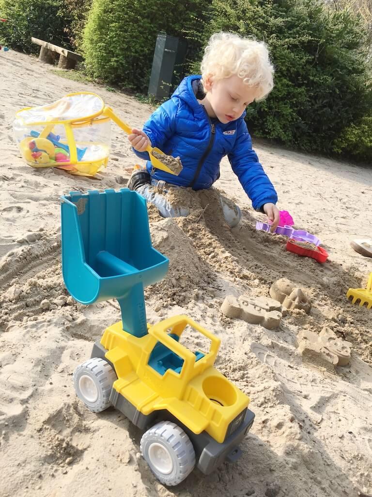 speelgoed driejarige5 - WIN 3x een Playmobil Sand Schepwagen