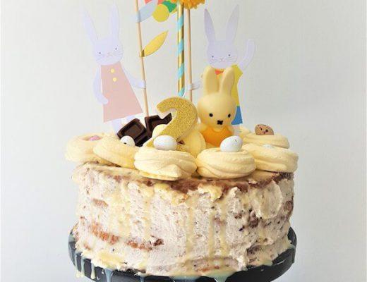 taart 1 520x400 - Birthday party van Beau, mét konijnenkroon