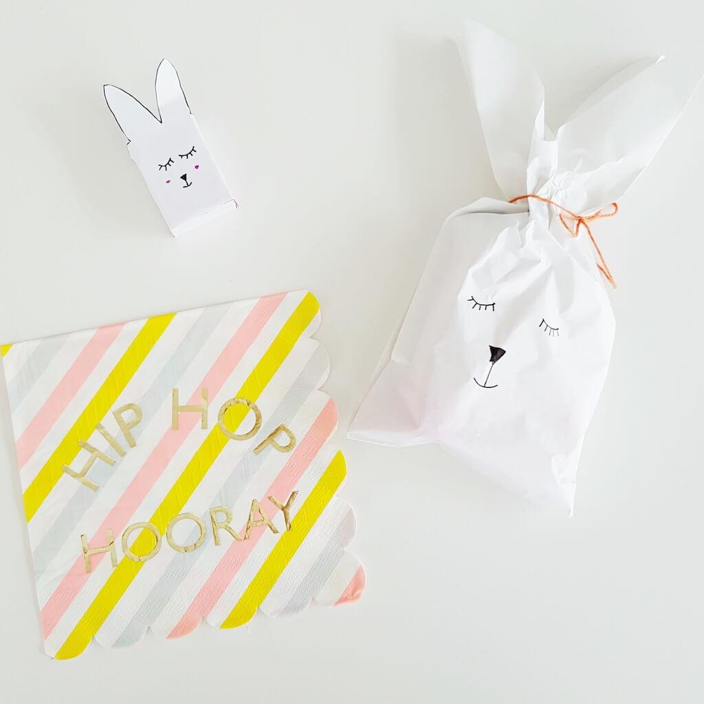 uitdelen 1 - Birthday party van Beau, mét konijnenkroon