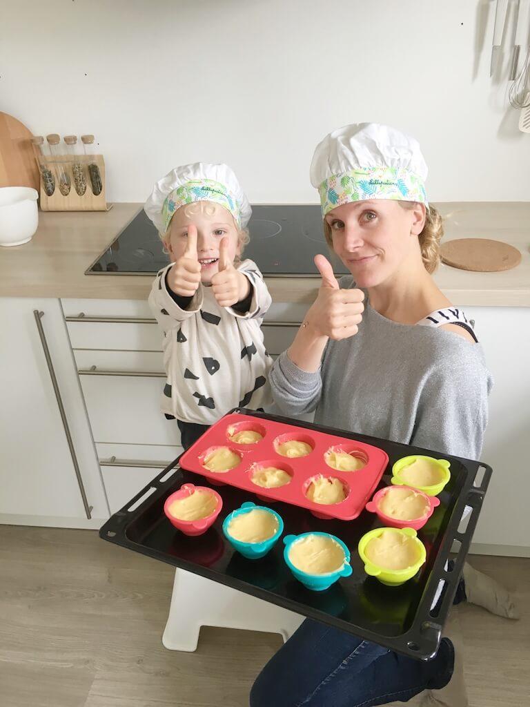 cake bakken kinderen 5 768x1024 - Little chef Vince in de keuken!