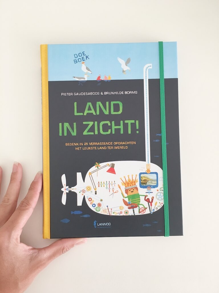 doeboek 1 - 2 boeken die kinderen van hun verveling afhelpen