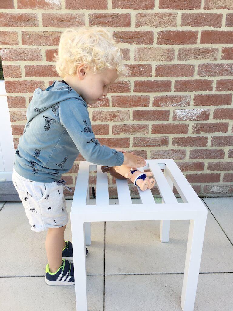 zonnepop nivea 5 768x1024 - Zo leert jouw kind zich beschermen tegen de zon