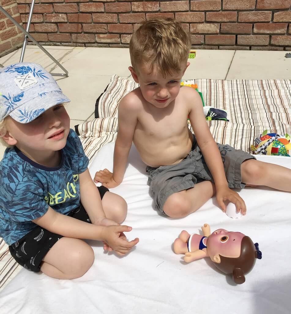 zonnepop nivea 7 951x1024 - Zo leert jouw kind zich beschermen tegen de zon