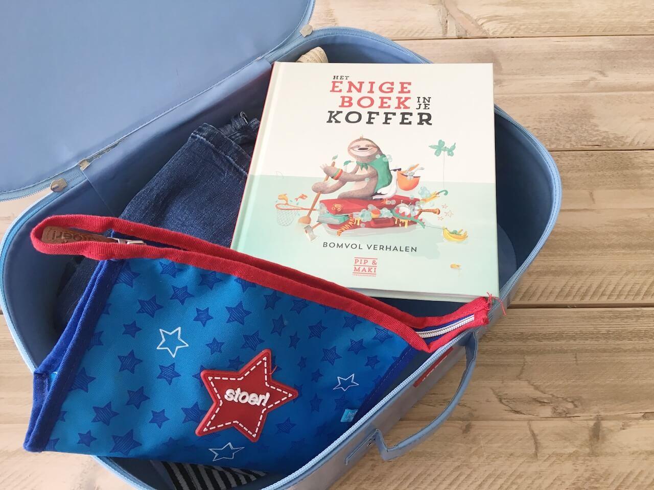 het enige boek in je koffer 4 - Het enige boek in je koffer!