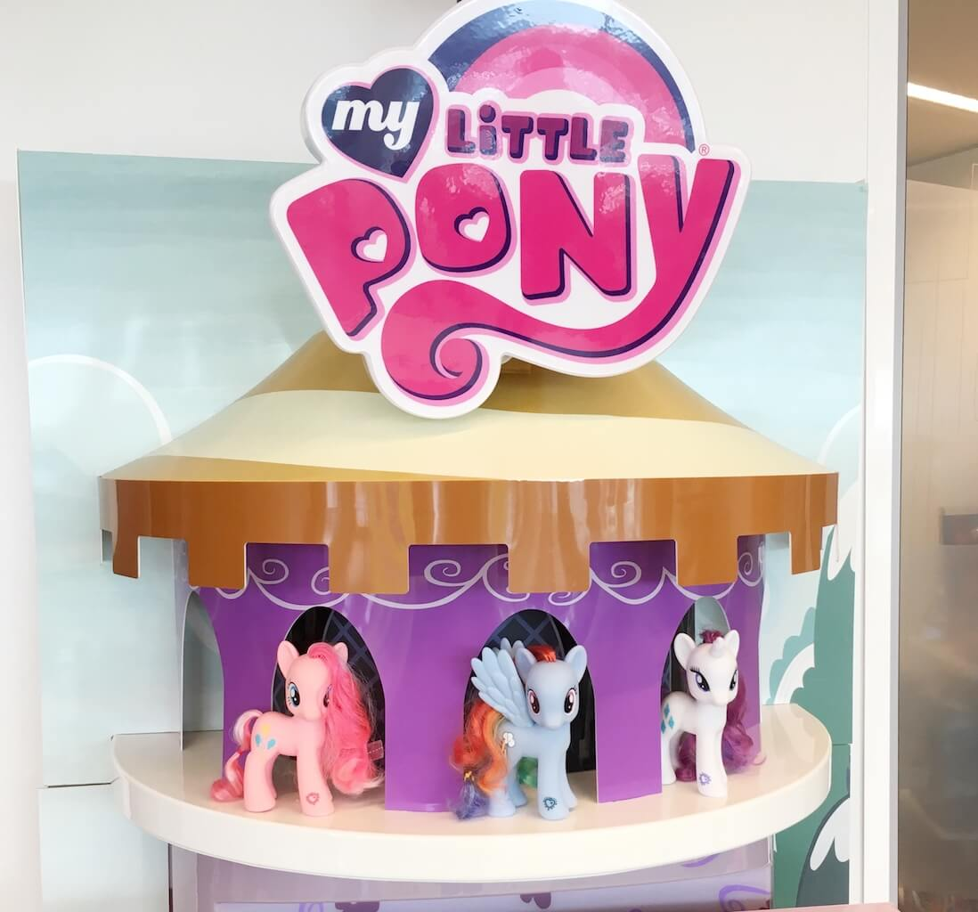 FullSizeRender 150 - Diary 102  Naar de speelgoedfabriek én beautyparty