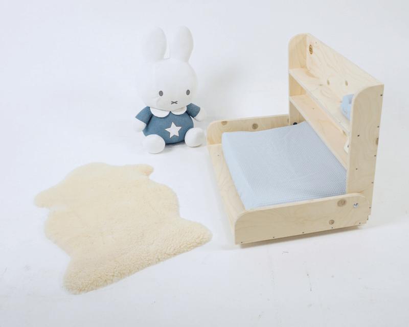 5 - Bespaar plaats in de babykamer met deze mooie wandcommode (+WIN)