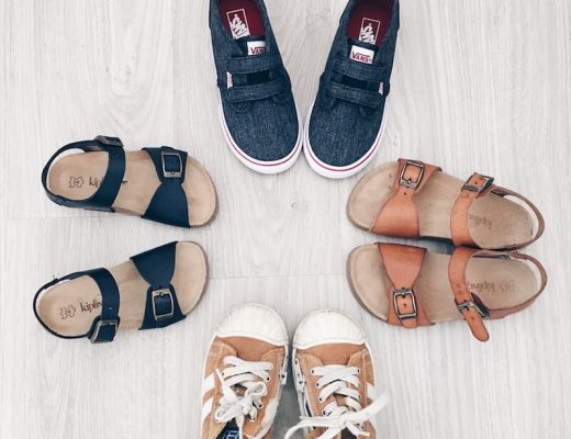 zomerschoenen 1 520x400 - 10 tips bij het kopen van schoenen voor je kind