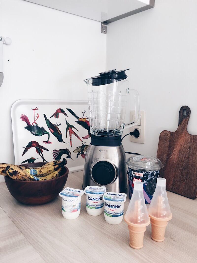 yoghurt ijsje met fruit - unicorns & fairytales