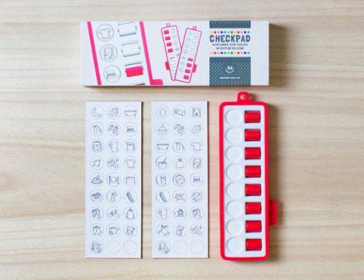 gezinnig checkpad inhoud rood 520x400 - Zelfstandigheid vergroten met de checkpad en andere trucjes (& WIN)