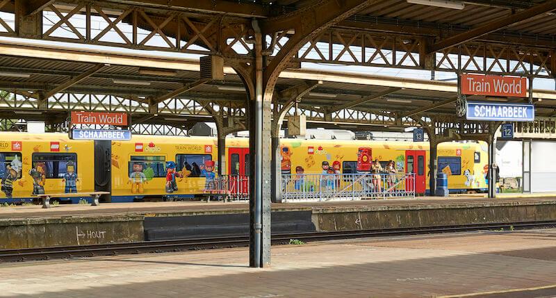 LEGOschaarbeek - Lego en Train World slaan de handen in elkaar & win de Duplo stoomtrein of Lego Passagierstrein