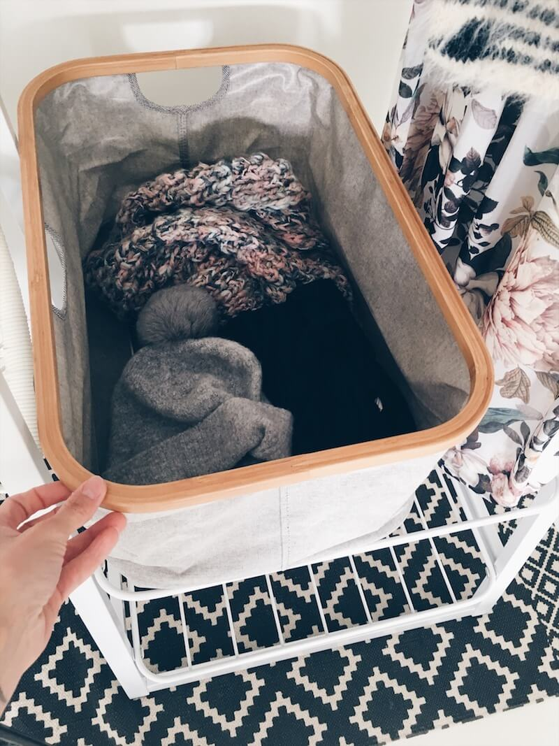 5060629A 987A 49B7 B150 C6CE847CC36D - Win het mooie kledingrek van de Brabantia Linn collectie