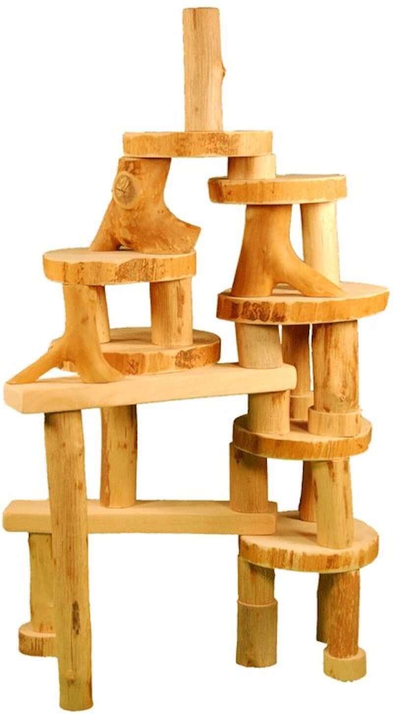"""Eco blocks oiled 36 stucks 1 - Antroposofisch speelgoed enkel voor """"geitenwollensokken""""? No way!"""
