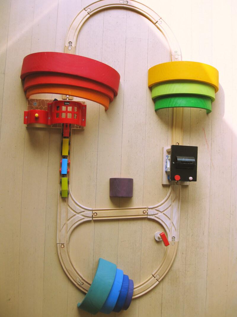 Houten regenboog 9 - Leuke spelvormen met de houten regenboog van Bajo en Grimm's + WIN!