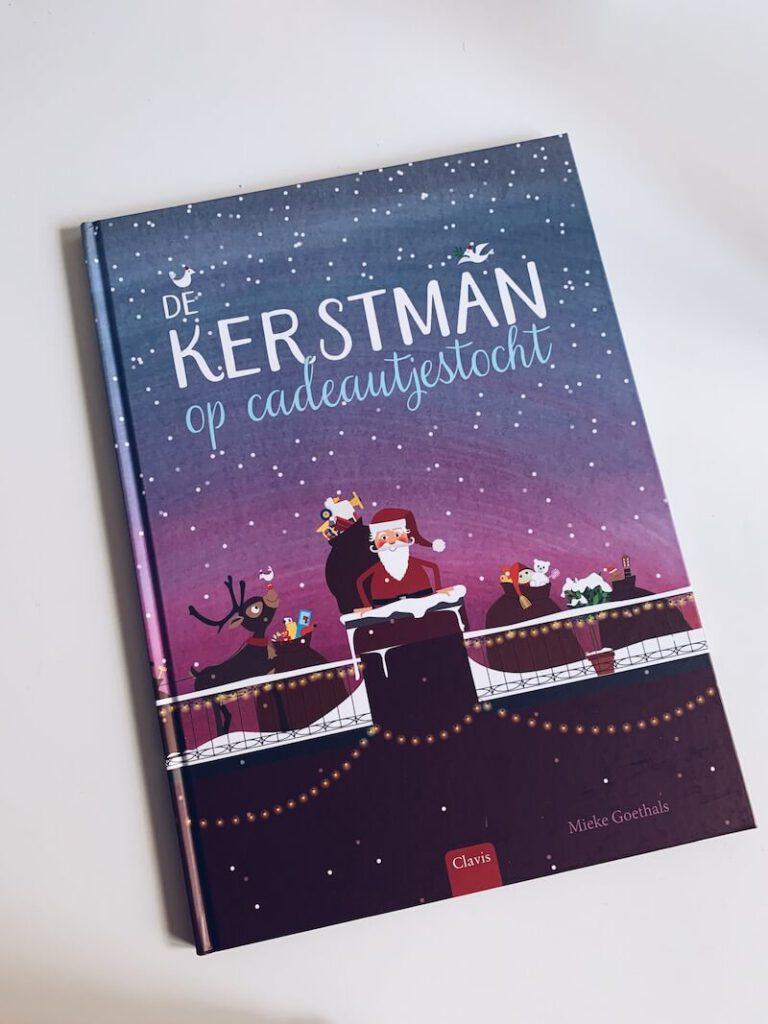 5E16155E 80DF 4B75 8418 5562DC4B33BB 768x1024 - Helemaal in kerstsfeer met deze leuke kinderboeken voor groot en klein