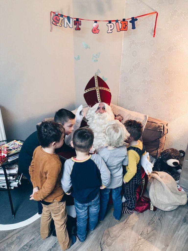 C3FA189E 148B 4D4B A31A 14A8B6B07297 768x1024 - 15 Leuke ideetjes om Sinterklaas te vieren