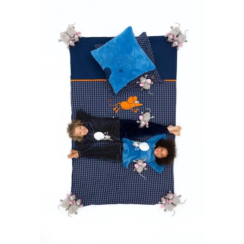 https shop.woodyworld.com pub media catalog product 5 2 52944 1 2 - Win een kei tof dekbed van Woody
