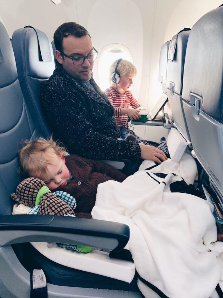 travel essentials bedbox - unicorns & fairytales
