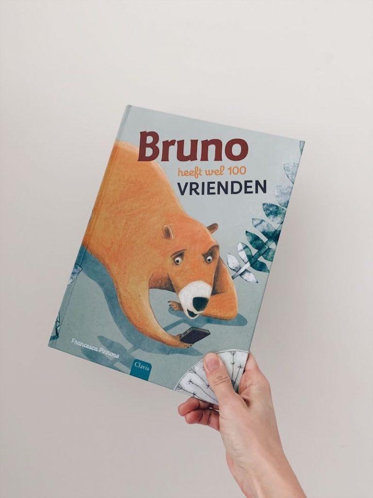 bruno heeft wel 100 vrienden - prentenboek