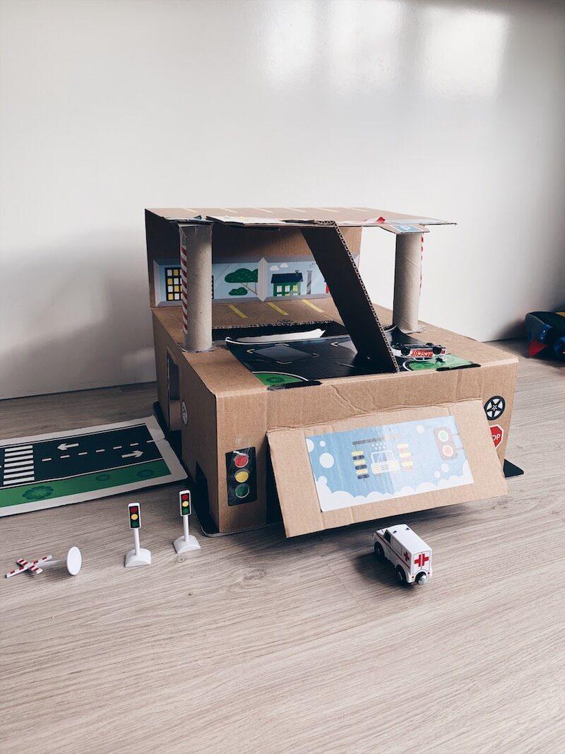 5C07C62C 4205 402E BF80 0ED70AC5D1C1 - Upcycling DIY:  een mega coole garage van karton maken!