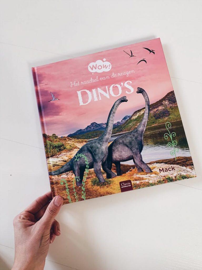 93287D19 F05C 4FF3 B778 A3089A869E55 768x1024 - Boeken voor nieuwsgierige kindjes die ALLES willen weten! & WIN!