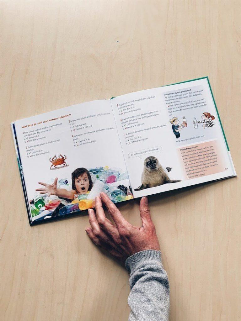 1D244E31 937F 487B 9A79 61516A252DA2 768x1024 - Met deze boeken leren kinderen (en jij ook) wat nou klimaatverandering is en wat we kunnen doen....