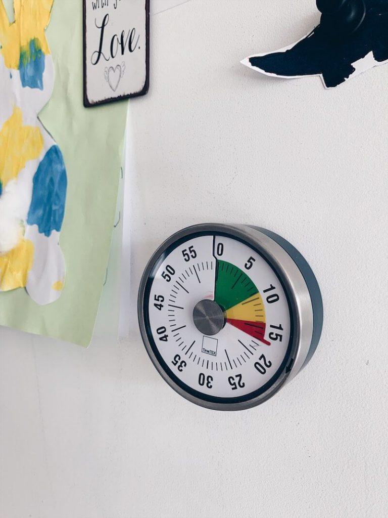 675A0866 0C7A 4E97 9A5C CE2DEA4347FC 768x1024 - De voordelen van een timer bij kinderen