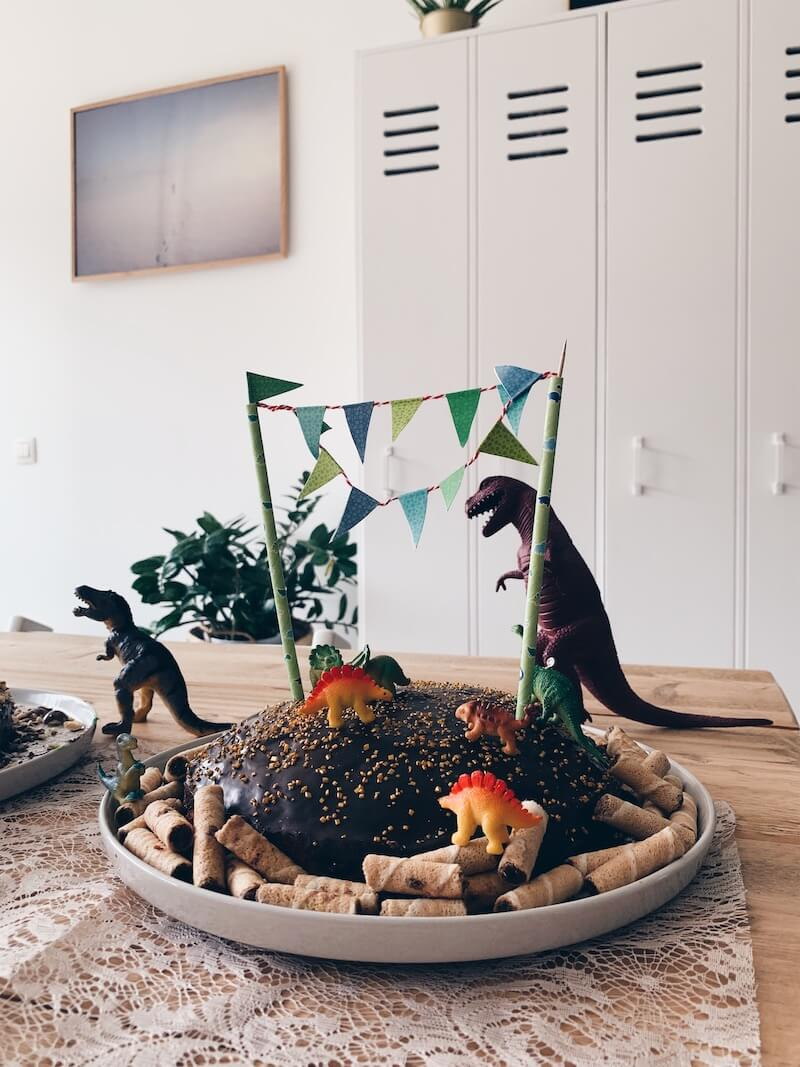 dino taart - unicorns & fairytales