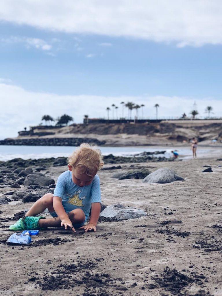 strandspelletjes en activiteiten op het strand - unicorns & fairytales