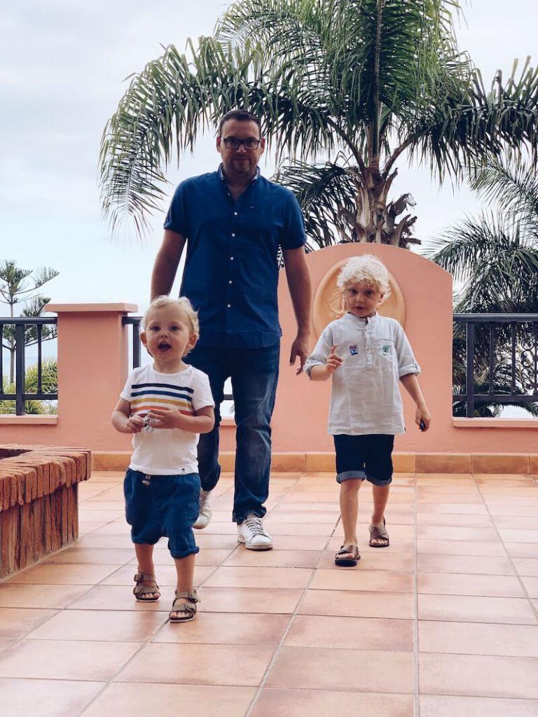 DE827C1A CC77 401A AC63 BBF8947A64AE 768x1024 - Genieten met de kinderen in een familiehotel in Tenerife!